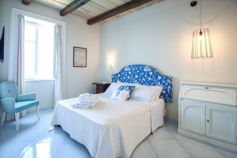 Бутик-Отель Palazzo Mottola Luxury Accomodation