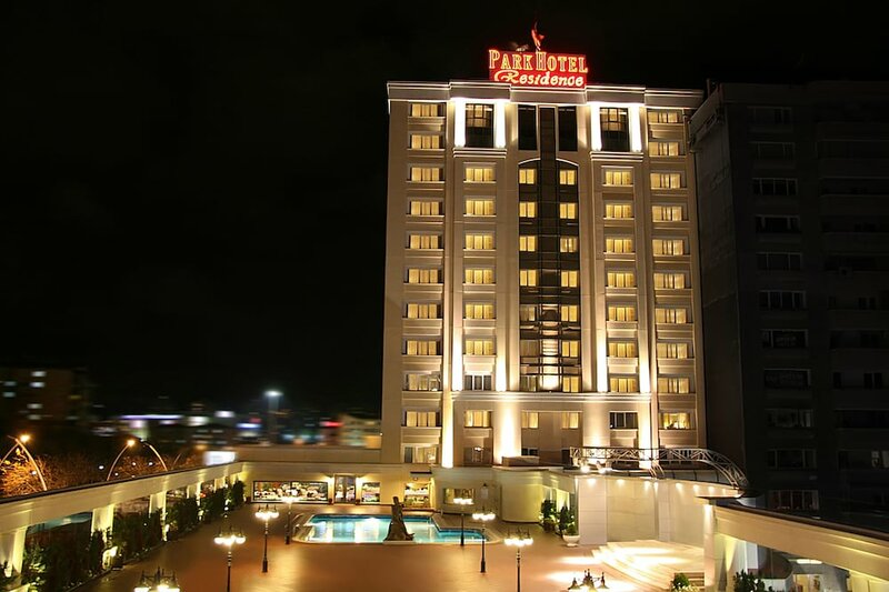 Buyukhanli Park Hotel Deluxe & Residence