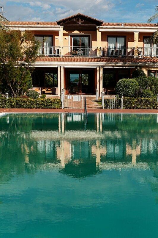 Отель Santa Gilla