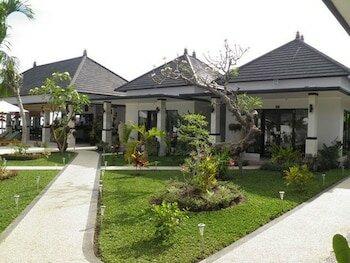 Kelapa Lovina Beach Villas