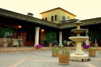Aumalia Hotel & SPA
