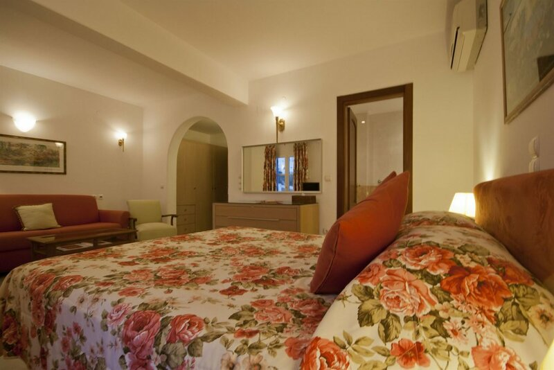 Mykonos Adonis Hotel