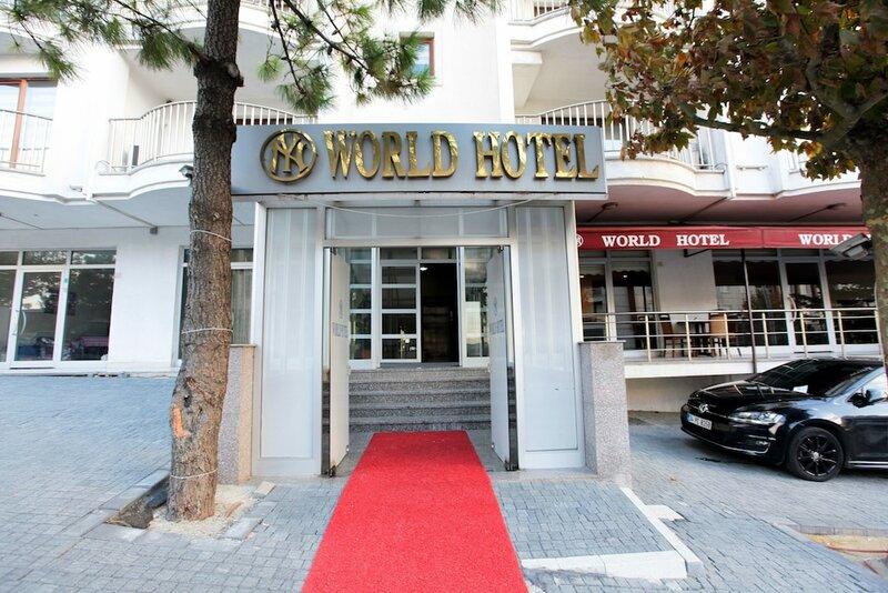 Ny World Hotel