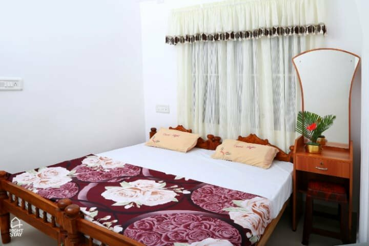 Coconut Grove Homestay