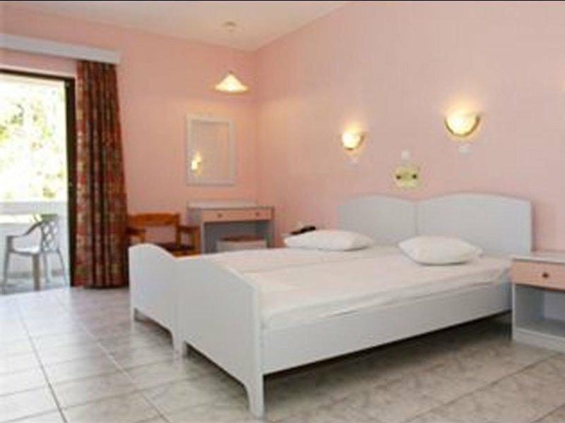 Frosini Hotel