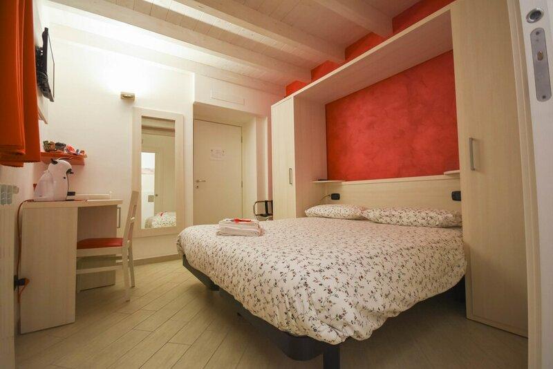 BelSorrisoVarese - Dormire Felice Rooms&Apartments