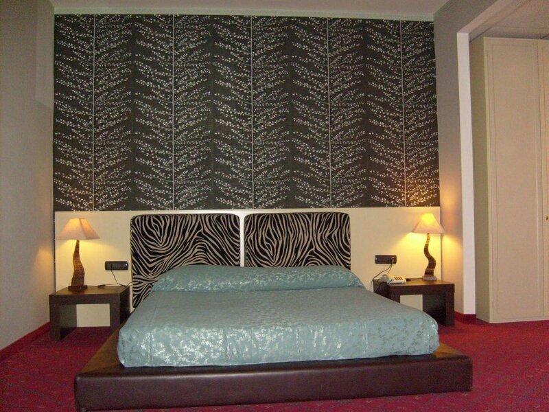 Hotel - Motel Flower