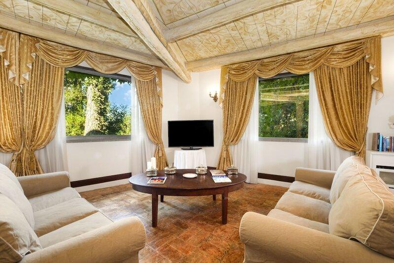 Villa delle Fontane