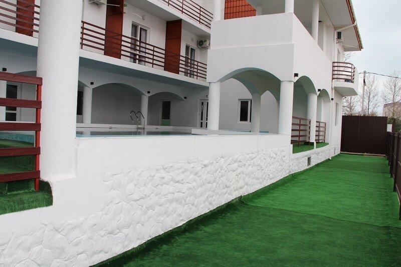 Отель Белое Солнце