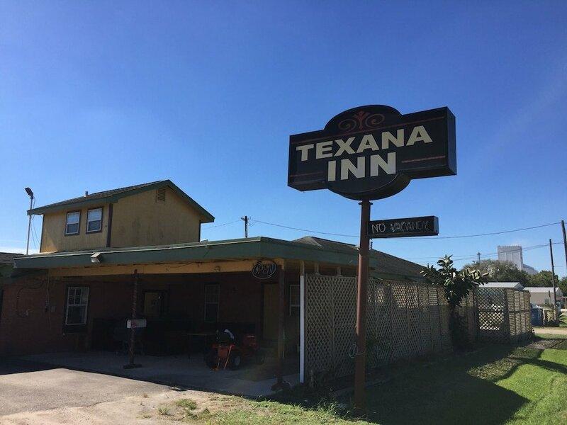 Texana Inn