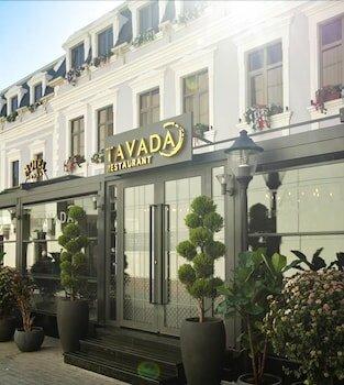 Отель Theatrum Hotel Baku