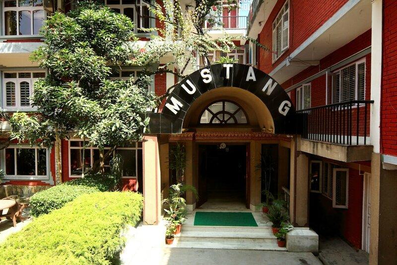Hotel Mustang Holiday