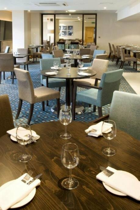 Menzies Hotels London Gatwick - Chequers