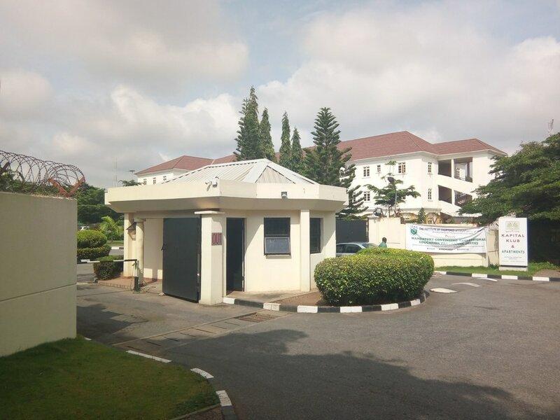 Kapital Klub & Apartments