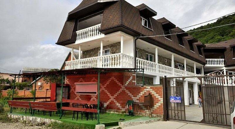 Частное домовладение Ласточка