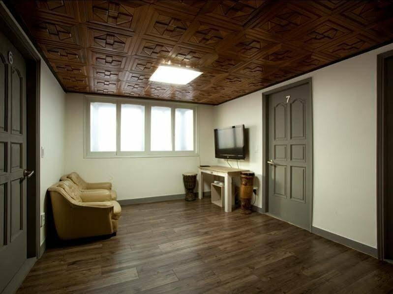 Blu Guest House 1