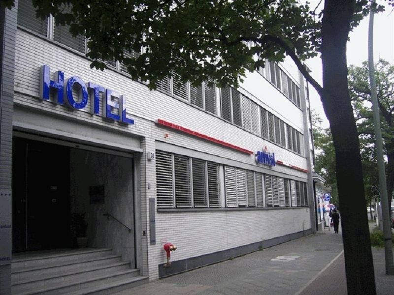 Hotel Arrival Berlin