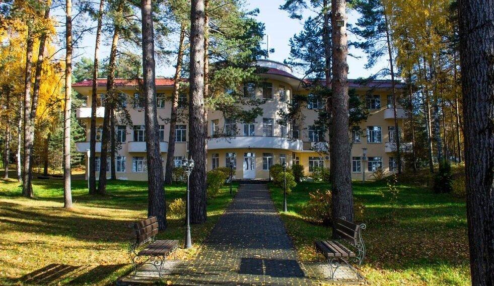 Дом для отпуска Дача Козловы горы (Россия Stanovshchikovo ... | 568x981