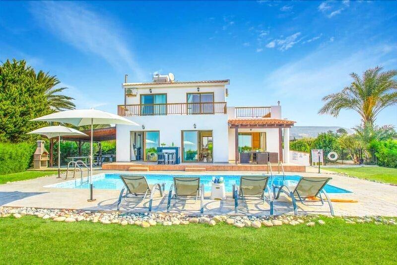 Villa Dimitris Blue Bay Pomos