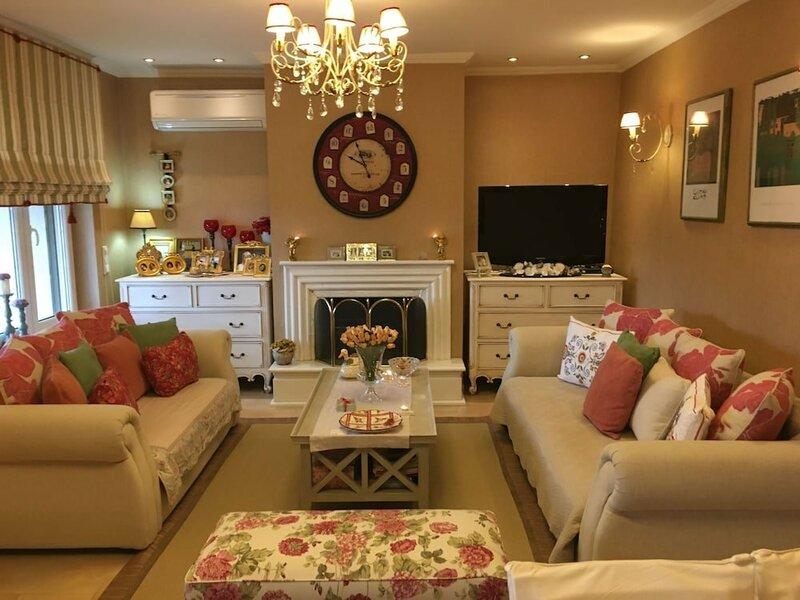 Luxury Family Villa near Meteora