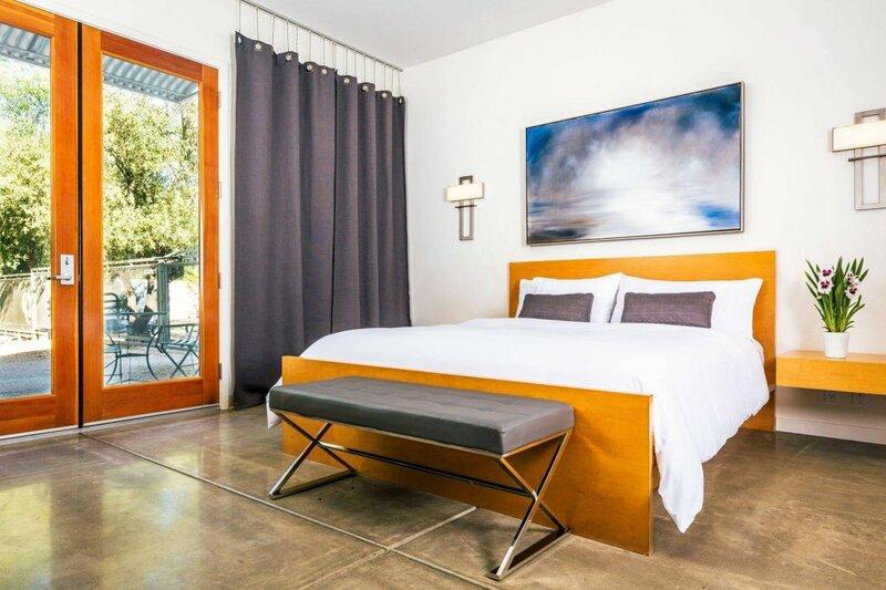Duchamp Private Suites
