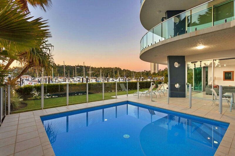 Pavillions 12 with Pool and Golf Buggy