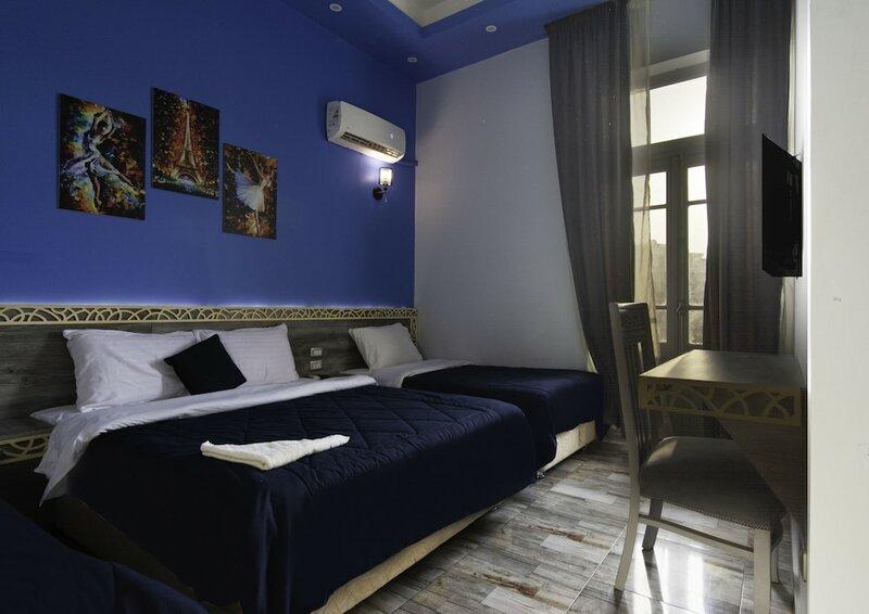 Deluxe Australian Hotel Cairo