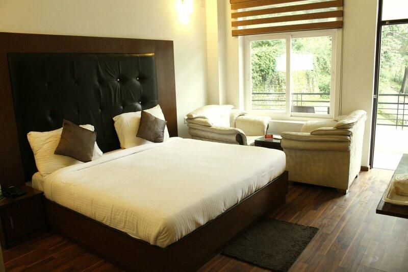 Oyo Rooms Bhagsu Waterfall