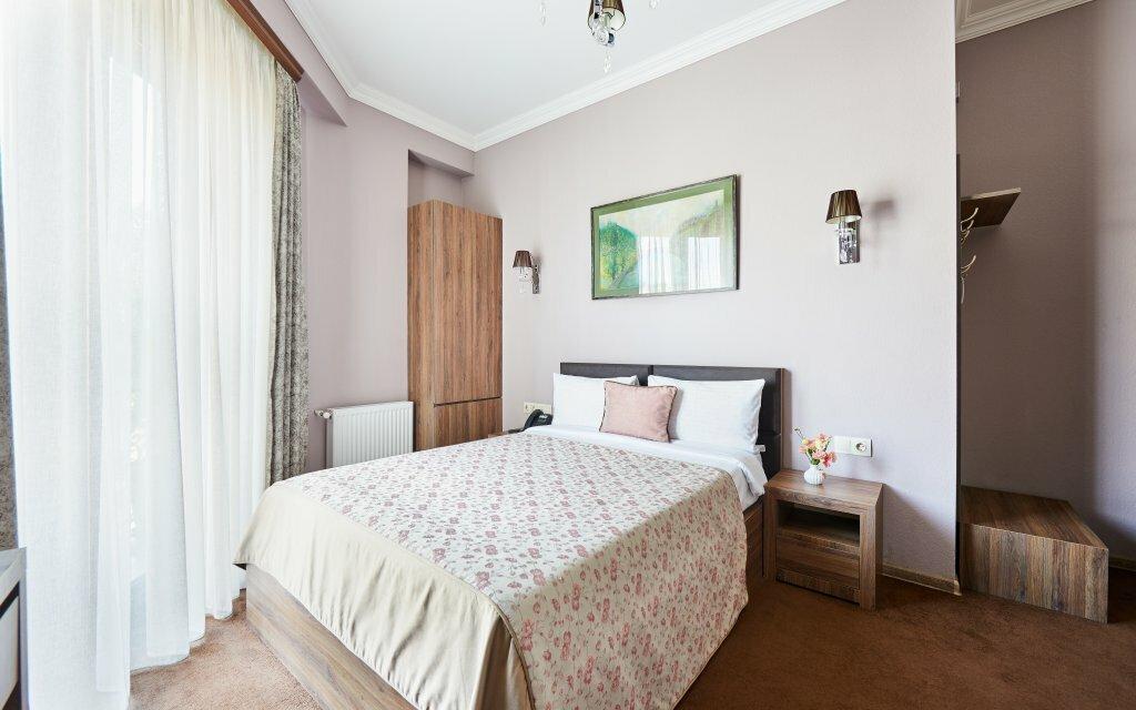 гостиница — Отель Pushkin — Тбилиси, фото №2