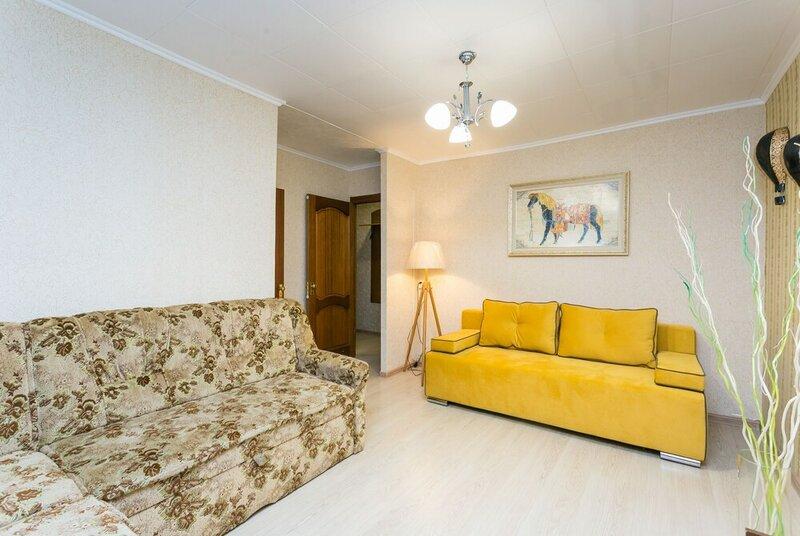 Apartment on Perunovskiy 4-10