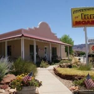 Adventure Inn & Motel