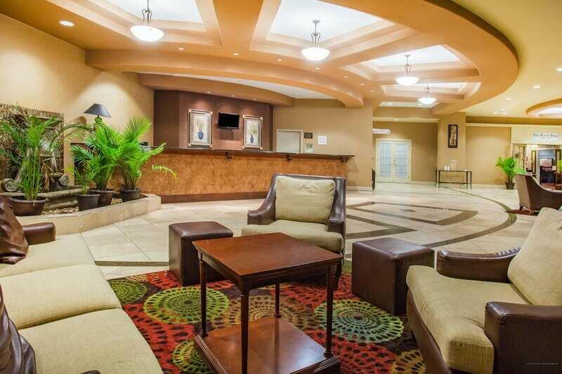 Ramada by Wyndham Jacksonville Baymeadows Hotel & Conf Cntr