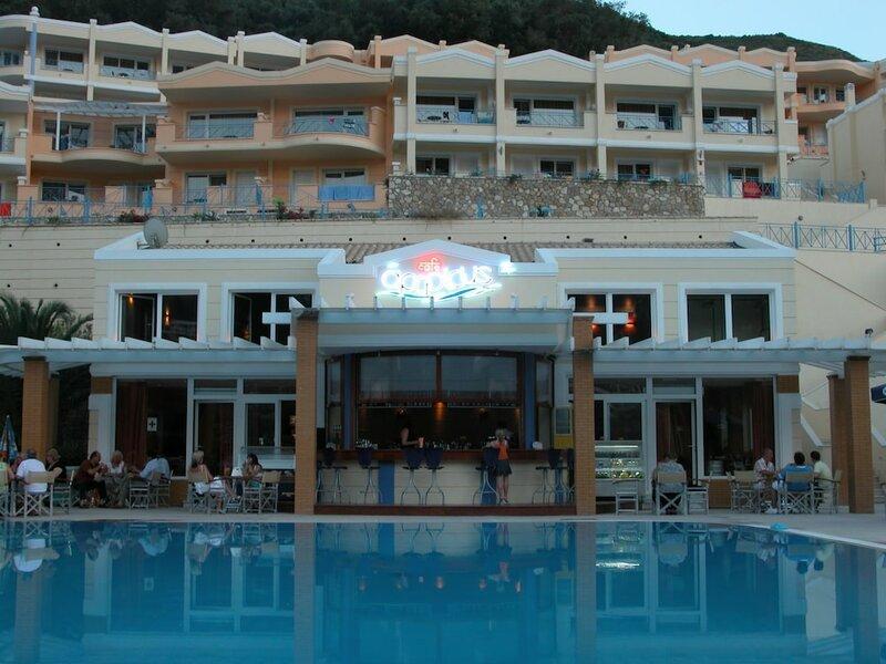 Ithea Suites Hotel