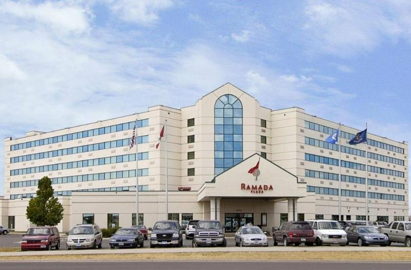Ramada Plaza Suites And Conference Center