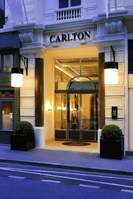 Carlton Lyon
