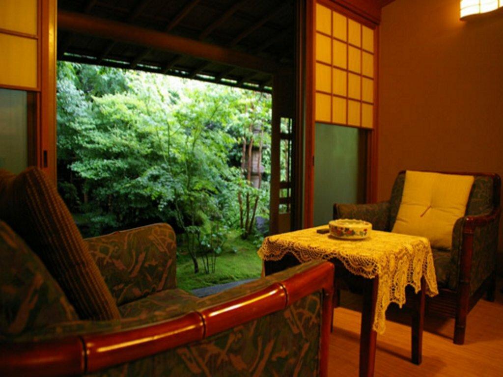 разбору сюжетных японский гостиница роскошная фото опирается