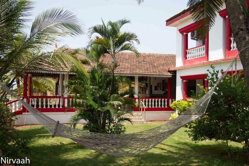 Oyo 28321 Nirvaah Calangute Beach Front