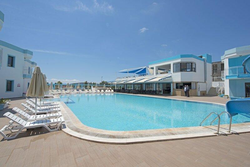 Costa Blu Resort Hotel