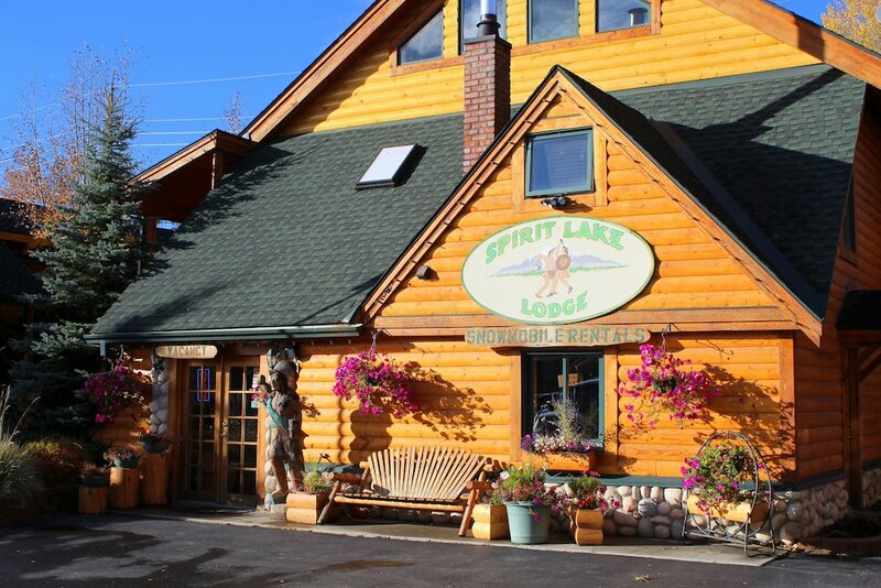 Spirit Lake Lodge And Snowmobile Rentals