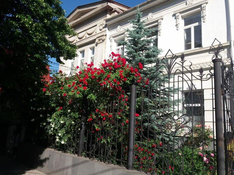 Апарт отель на Богдана Хмельницкого