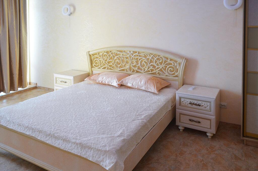 готель — Гостевой дом № 10 — Республіка Крим, фото №2