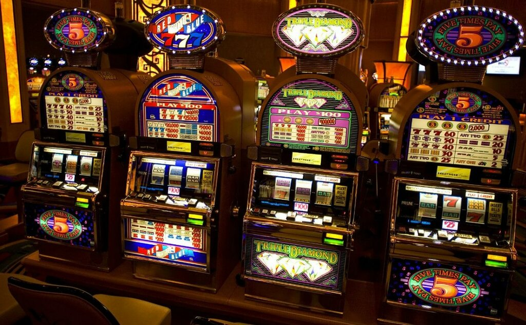 Красноярске онлайн казино бридж играть онлайн карты