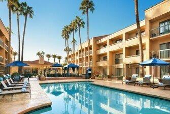 Courtyard by Marriott Phoenix North