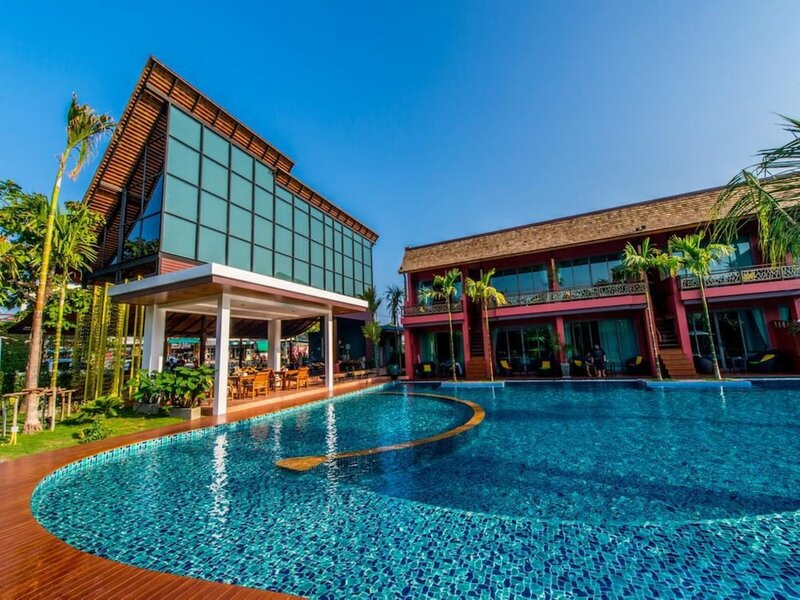 Maimorn Resort