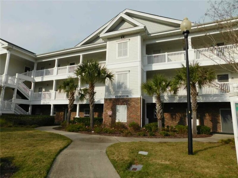 River Crossing 1224 2 Br condo by RedAwning