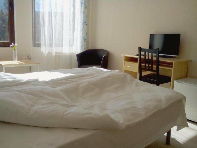 Hotel Hinovi Hvoyna