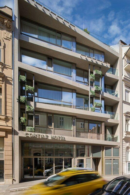 Dfive Apartments - Gold