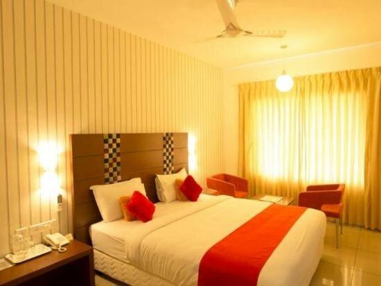 Hotel Srichackra International