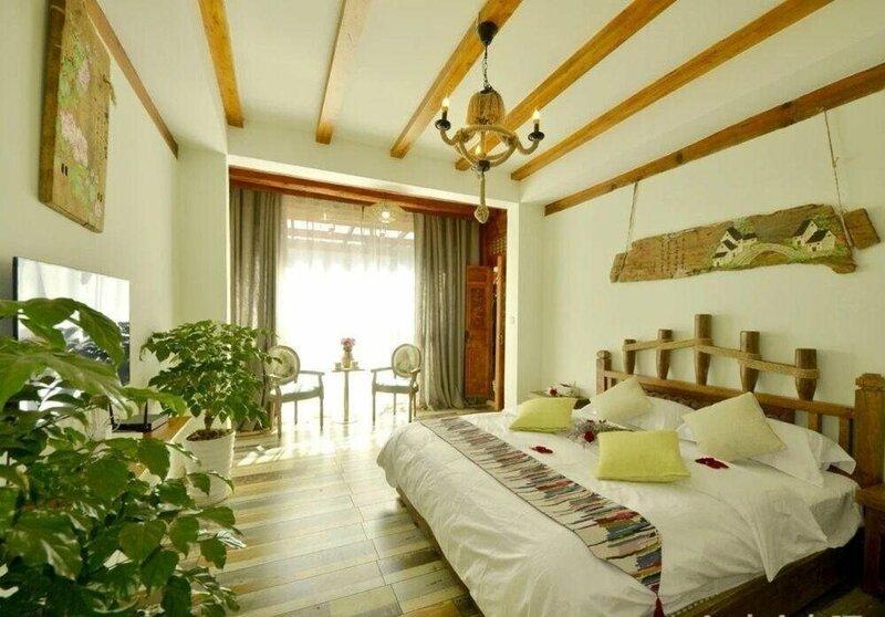 Lijiang Meilong Town Inn