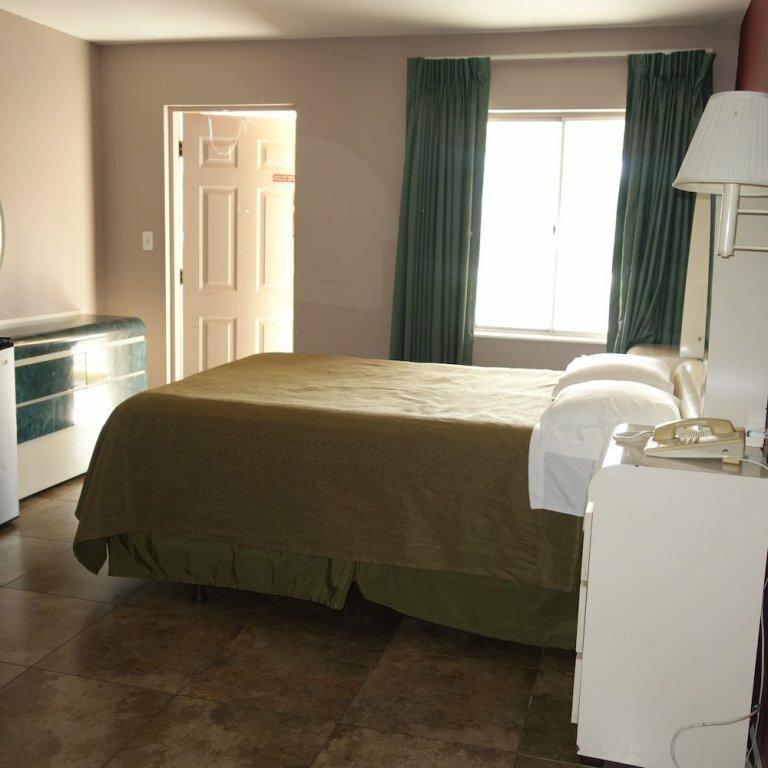 Palm City Motel